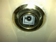 מצלמה נסתרת במעלית